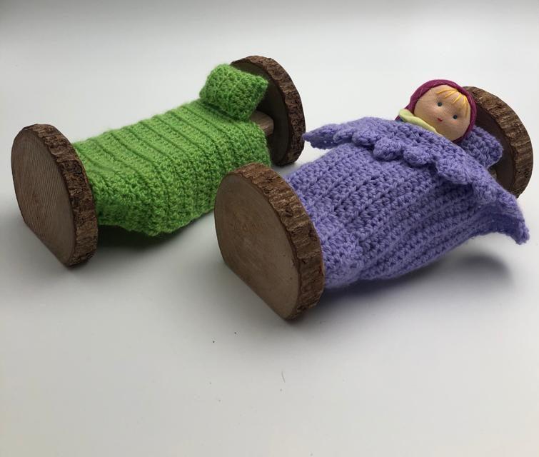 מיטת עץ לגמדון