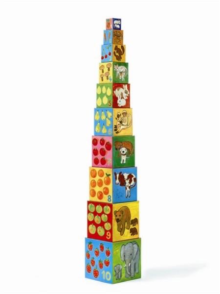 מגדל קוביות עץ
