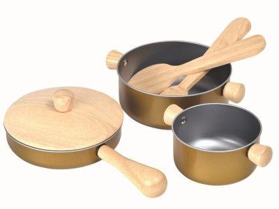 סט כלי בישול מעץ ופלסטיק